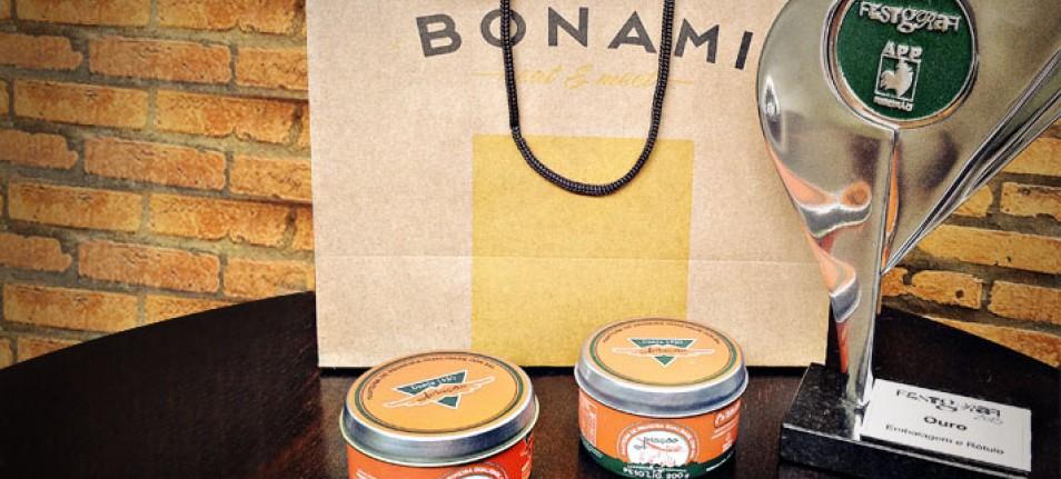 Alta leva ouro com Manteiga Aviação e bronze com Bonami Eat & Meet no Festgraf 2013
